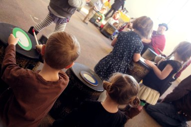 IMG_8619_drumcircle_kids1